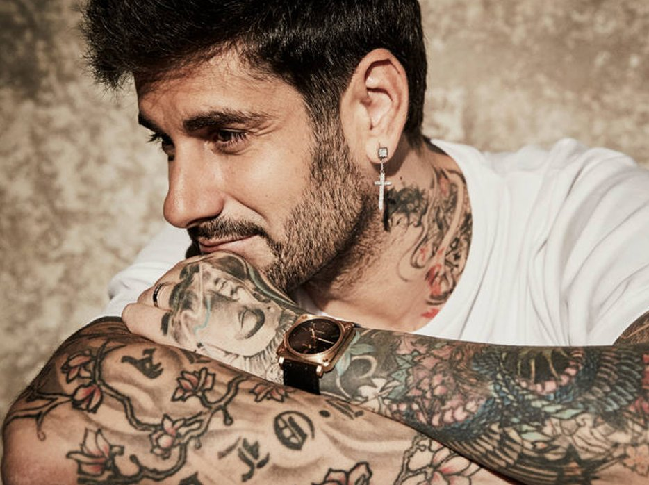 Melendi Is Confronted With A Vigilante By A Fan