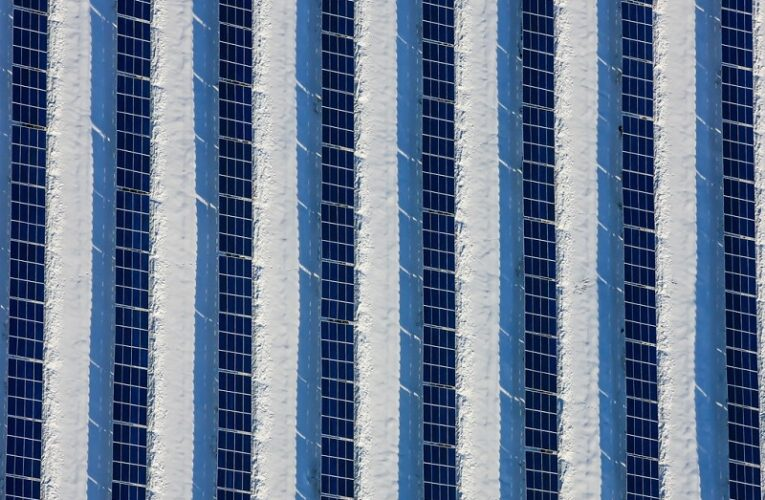 A developer in the United States has completed the installation of a 125MW solar power plant in California